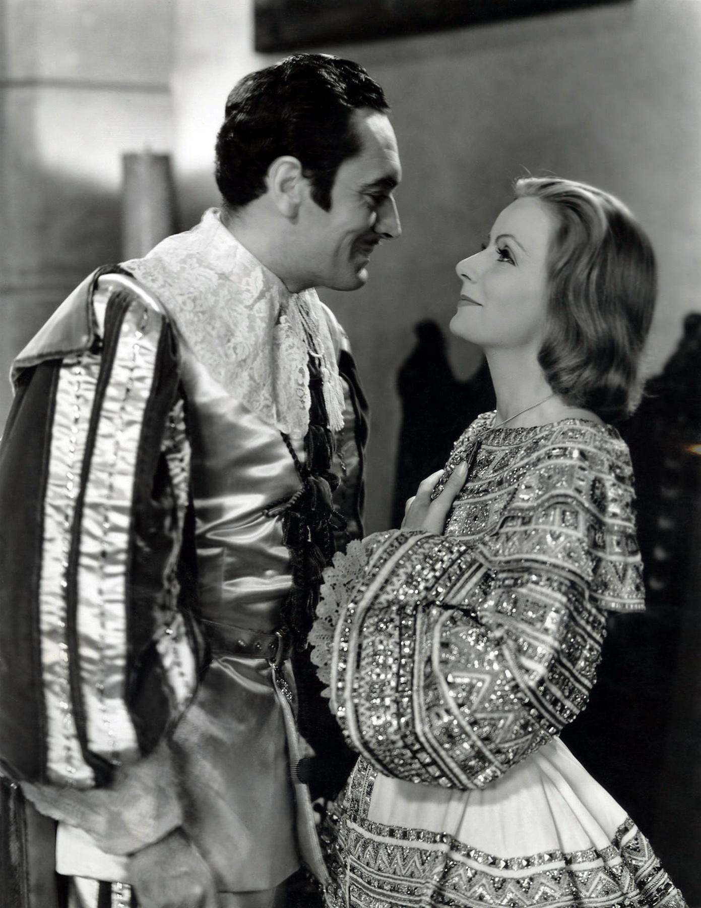 Greta Garbo couple