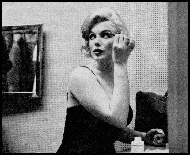 Marilyn Monroe Fixing Makeup