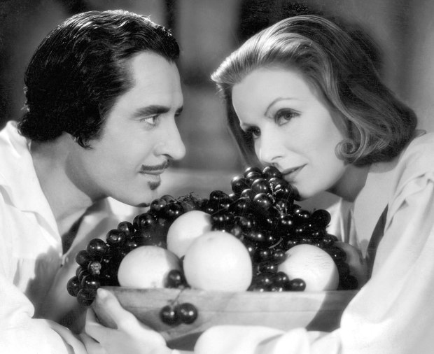 Greta Garbo John Gilbert Queen Christina