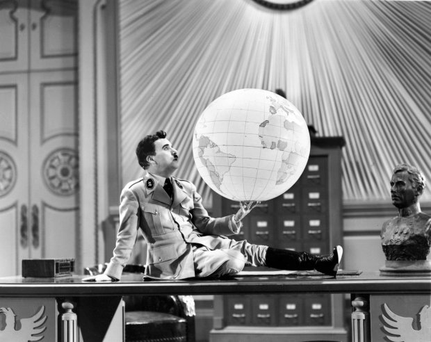 Chaplin Globe Great Dictator