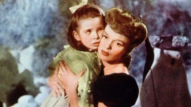 Meet Me in St. Louis Have Yourself a Merry Little Christmas Judy Garland Margaret O'Brien
