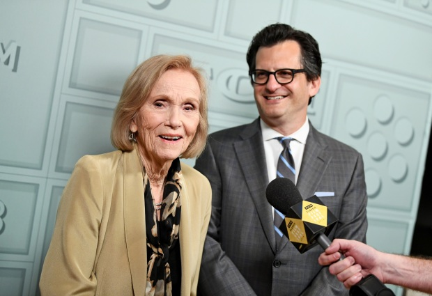 Eva Marie Saint and Ben Mankiewicz at 2018 TCM Classic Film Festival