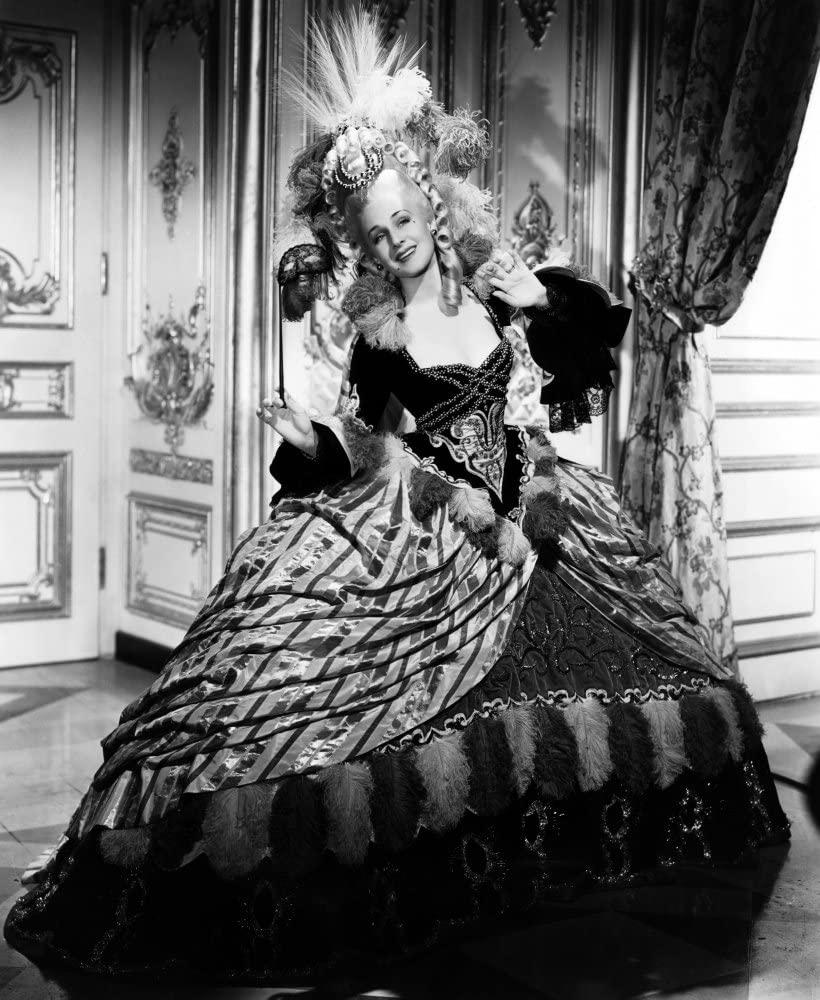 Norma Shearer in Marie Antoinette