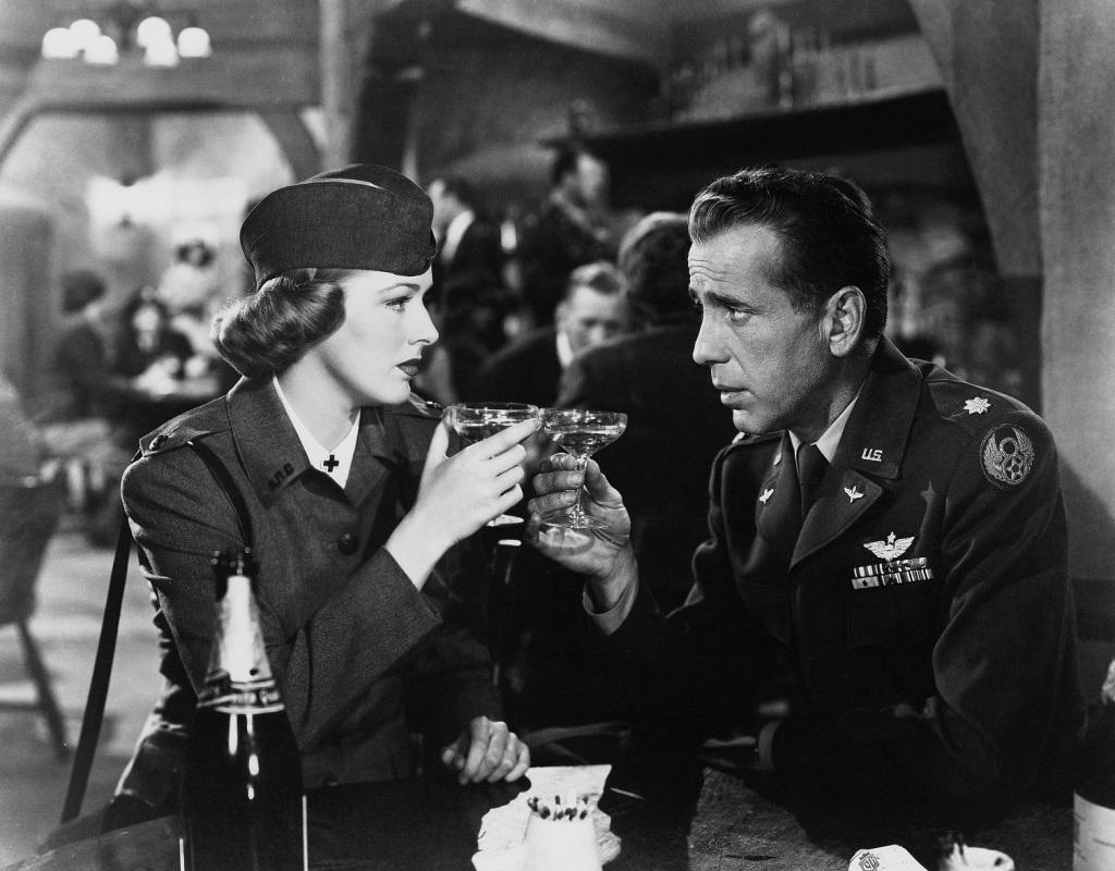 Humphrey Bogart in Chain Lightning.